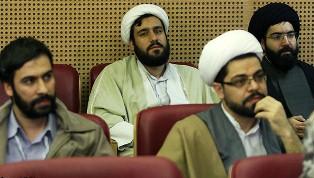 حضور طلاب حوزه علمیه در جشنواره فجر